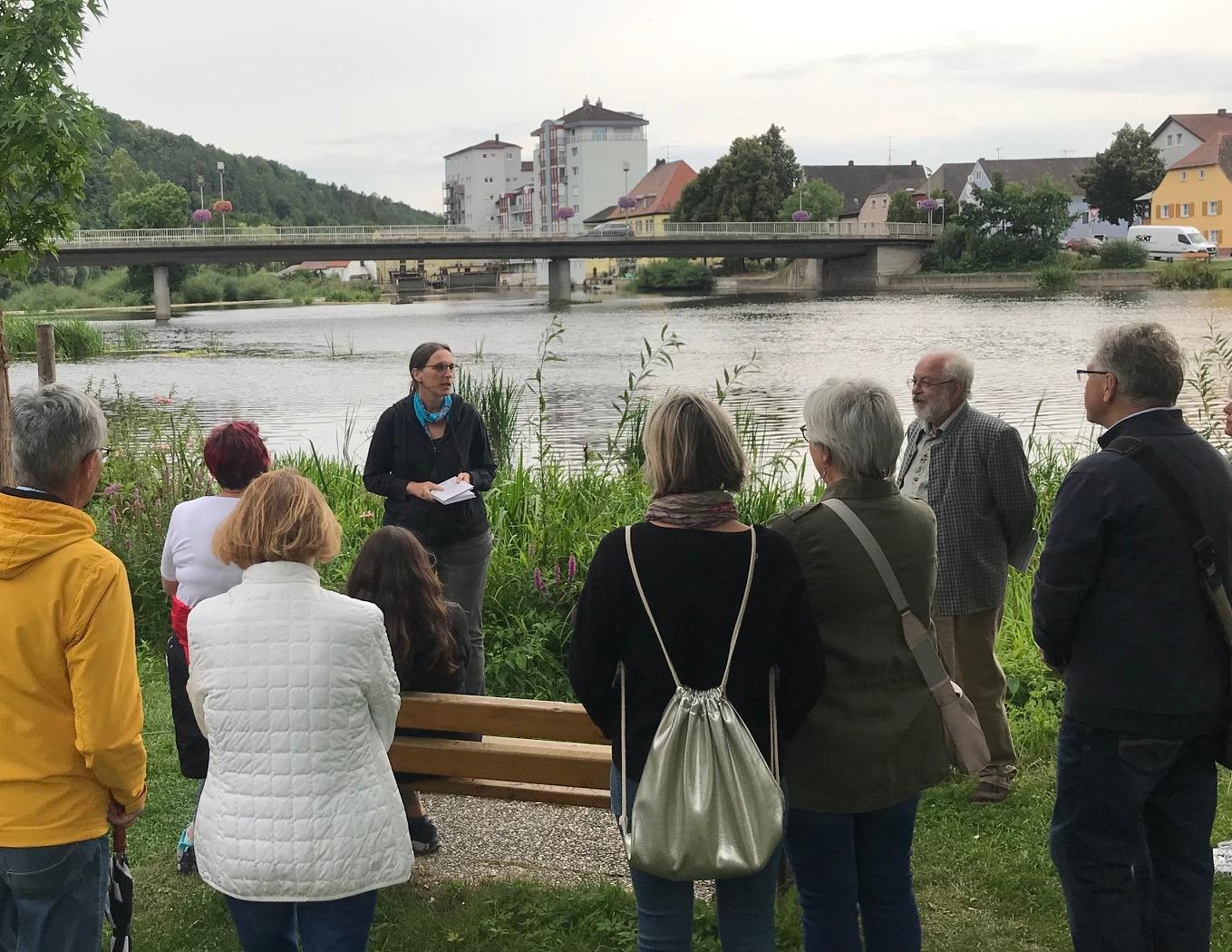 Literaturwanderung in den Naabauen, Bild: Kristina Pöschl, Lichtung Verlag