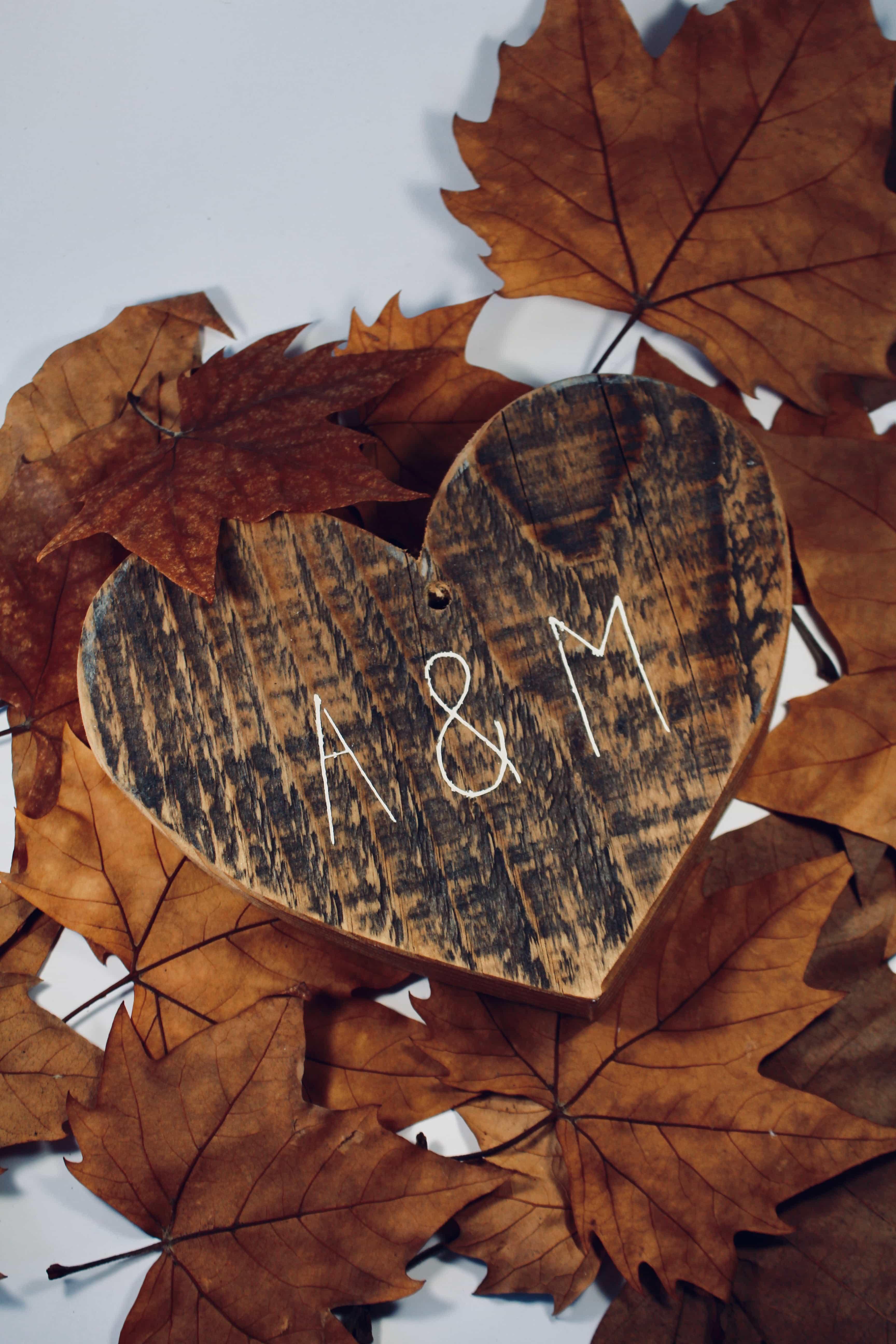 Coeur en bois de palette perosnnalisés