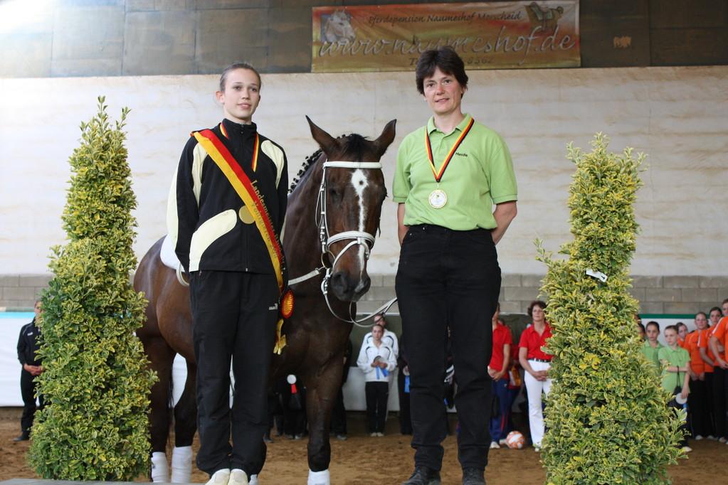 Gold für Sophie Hofmann, PSV Bad Ems, Heide Pozepnia, Paros