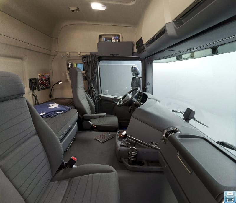 Scania G400 interior