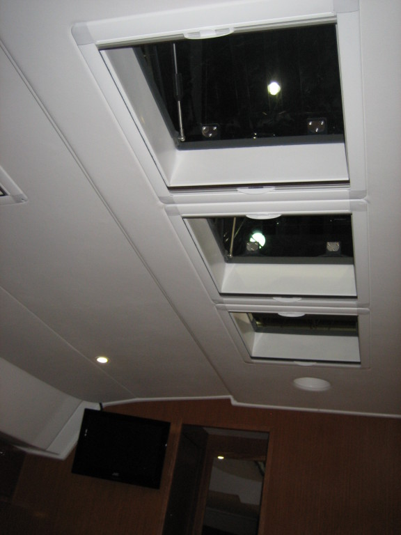 Bavaria cruiser 45 Skylights Salon