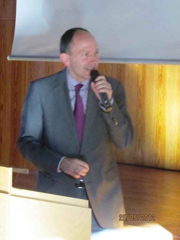 Erster Bürgermeister Christian Specht gratuliert