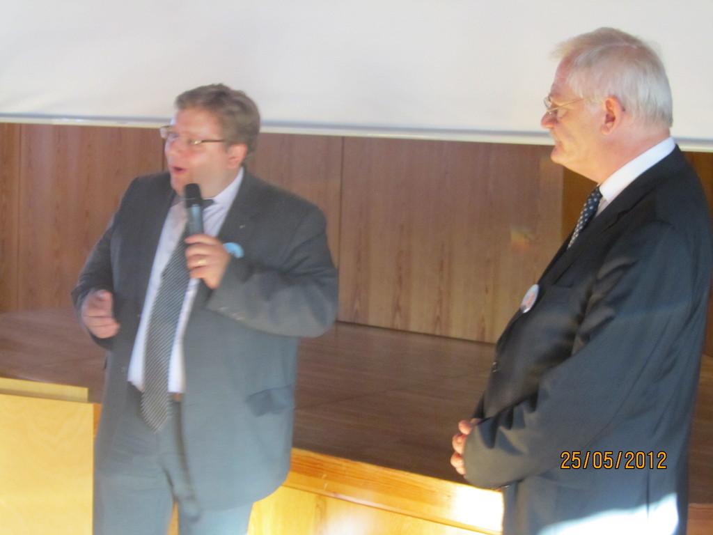 CDU-Kreisvorsitzender Stadtrat Claudius Kranz gratuliert