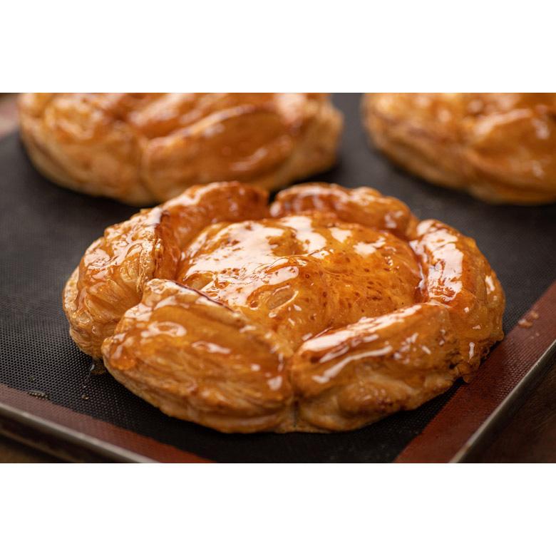 北海道留萌市のお菓子屋さん ルモンドさま 伝説のアップルパイ