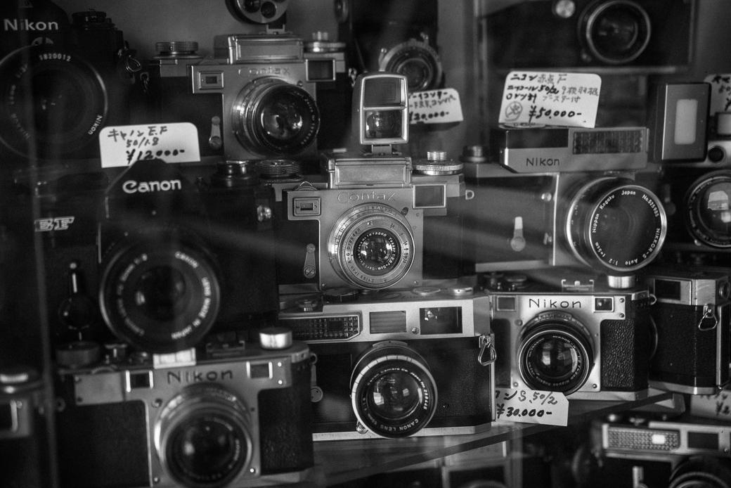 ラッキーカメラのコンタックスとニコン