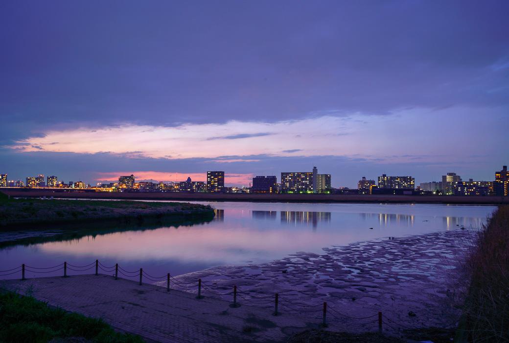 川崎河口水門から六郷橋方面