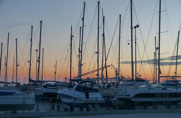 Hafen im Ebrodelta