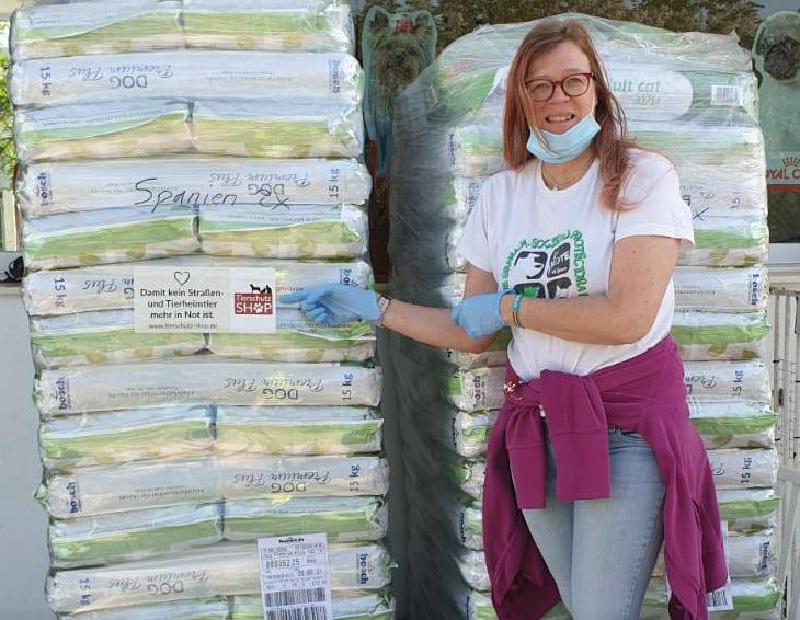 Futterspenden in Spanien angekommen