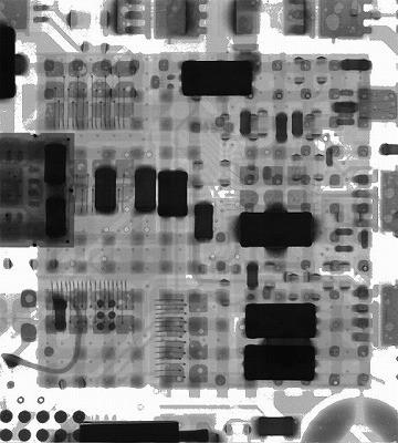 LGA(Land Grid Array)基板実装後のX線(エックス線)撮影の様子