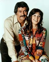 Mc MILLAN Y ESPOSA (1971-1977)