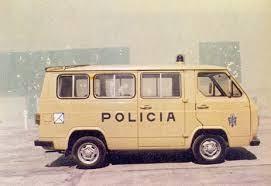 FURGONES AVIA POLICIA NACIONAL