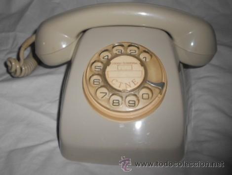 TELEFONO CREMA CITESA DE DISCO DE SOBREMESA.