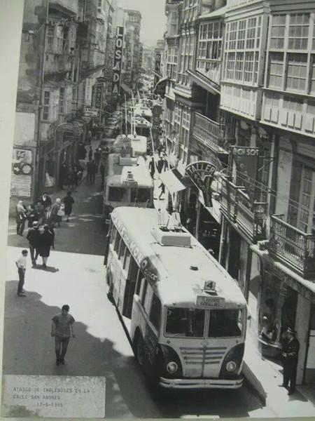 ATASCO DE TROLEBUSES HISPANO SUIZA EN SAN ANDRES DIRECCION PANADERAS
