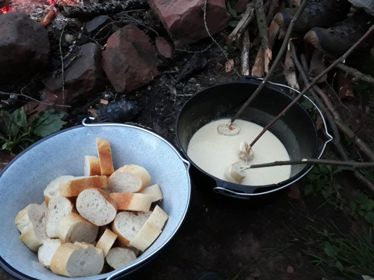 Käse schließt den Magen - nicht ganz Survival, aber einfach geil!