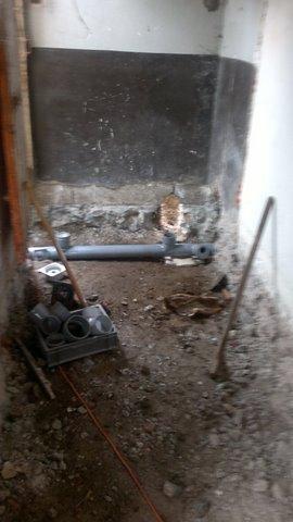 Evacuation des Toilettes  - et preparation pour la dalle