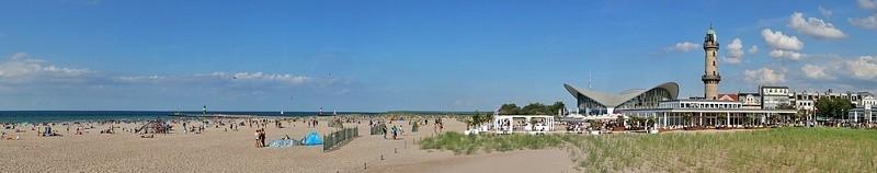 Rostock Warnemünde, Strand, Mole, Teepot & Leuchtturm