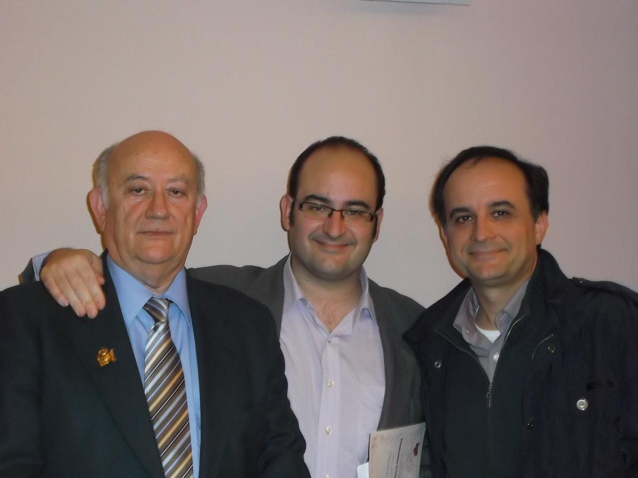 Con su hijo Vicente y su estimado amigo M.A.Gorrea