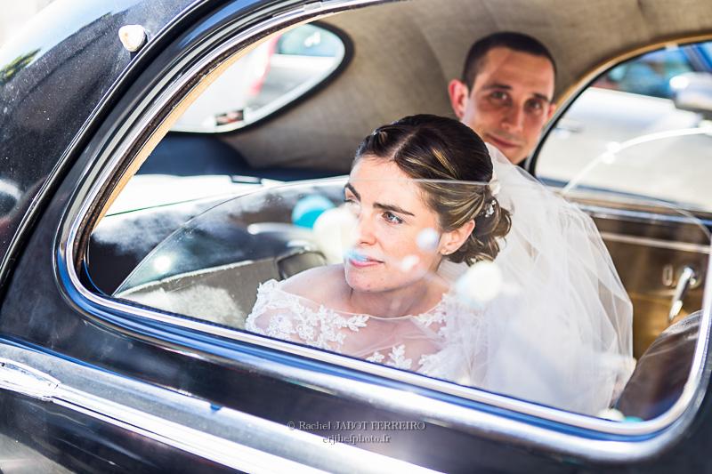 mariage, mariage en vendée, couple, amoureux, photos de couple, photographe  de mariage, mariage en voiture ancienne, wedding, wedding photographer, rachel jabot ferreiro, erjihef photo