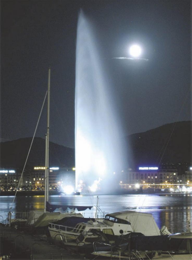 Ночь на Женевском озере. Декабрь 2005 года