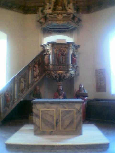 Altar und Kanzel in Seebach