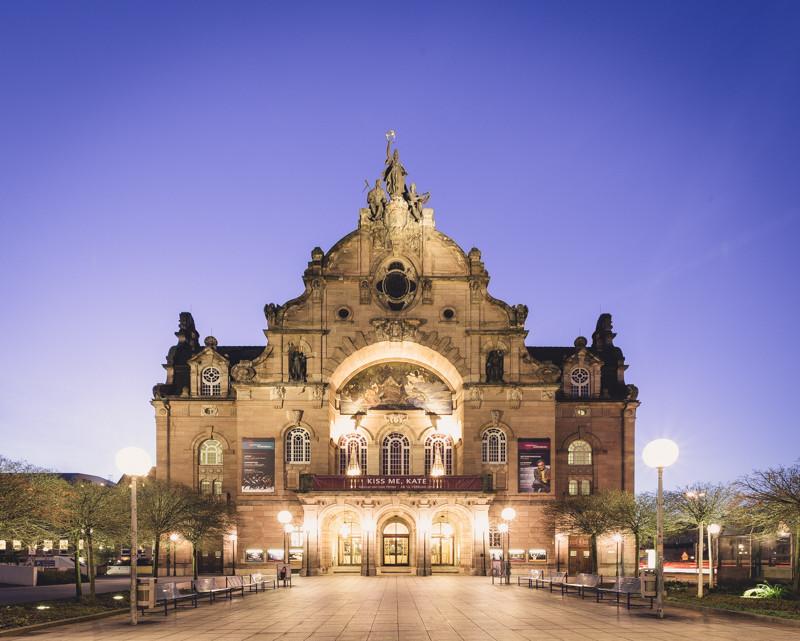 Nürnberger Oper (Copyright Martin Schmidt, Fotograf für Schwarz-Weiß Fine-Art Architektur- und Landschaftsfotografie aus Nürnberg)