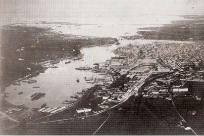 Vista del Porto di Brindisi: seno di Levante, seno di Ponente