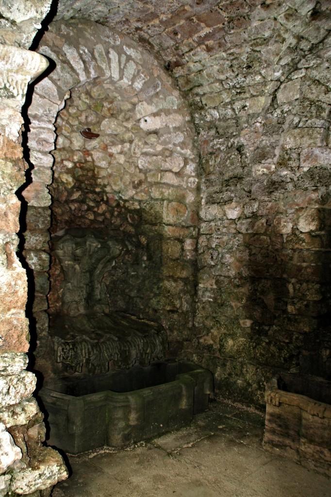 Untere Grotte