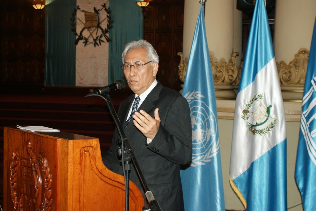 El Director y Representante de la UNESCO, Dr. Edgar Montiel, presentó las áreas que actualmente se trabajan y el enfoque que la organización da en temas como Prevención de Violencia, Educación para la Reducción de Riesgo de Desastres, entre otros temas.