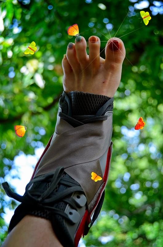 AincaArt, Ainca Gautschi-Moser, Foto und Text, writer photographer, www.aincaart.ch, Quersatz, Maleo Sprint, Fuss, Foot