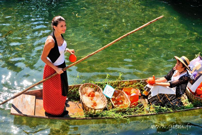 l'Isle sur la Sorgue - marché flottant 2014