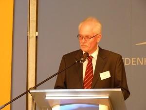 Meister vom Stuhl Max Ostrowski bei der Eröffnung der Veranstaltung, Foto: Loge