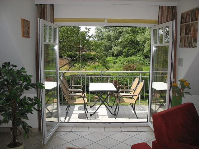 Balkon der Ferienwohnung mit Blick ins Grüne