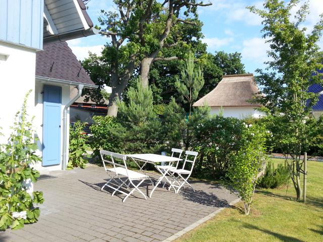 Möblierte Terrasse des Landhaus Prerow