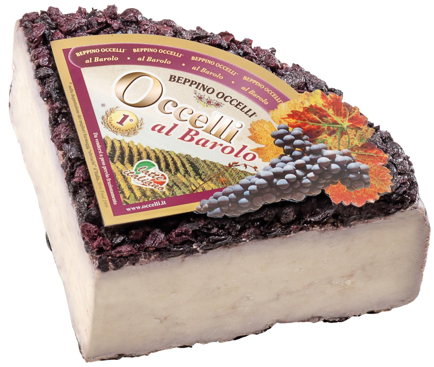 OCCELLI AL BAROLO - Dieser Käse aus Kuhmilch wird sehr lange in den Kellern von Valcasotto gelagert. Der entstandene Hartkäse wird dann 2 weitere Monate in mit Barolo angereichertem Langa-Trester verfeinert.