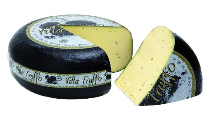 VILLA TRUFFO - Aus dem kleinen Städtchen Polsbroekerdam (Lopik, NL) stammt die Kuhmilch für den Villa Truffo. Der Landwirt fertigt diesen Käse nach einem geheimen Rezept mit schwarzem Trüffel, der in den italienischen Wäldern in Sibillini geerntet wird.