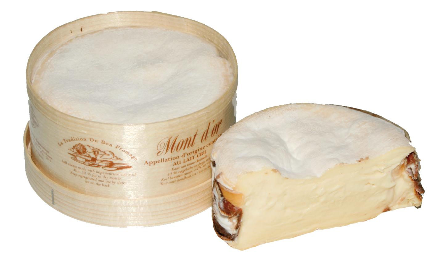 MONT D'OR - Der weltweit einzige Mont d'Or aus Bauernherstellung. Bis in den Kern gereift verbirgt er unter den Falten seiner recht dicken Rinde eine authentische, sehr cremige Textur. Nach Nadelholz duftend, entfaltet er am Gaumen lebhafte Aromen.