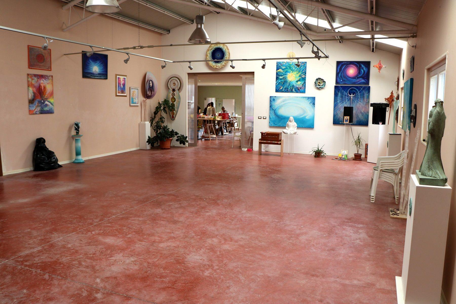 """Academy of Arts and Consciousness"" im Yogananda-Zentrum"
