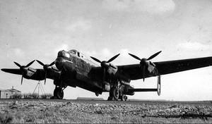 Avro Lancaster W4333 (identico al W4362) del 103° Squadron - 1943
