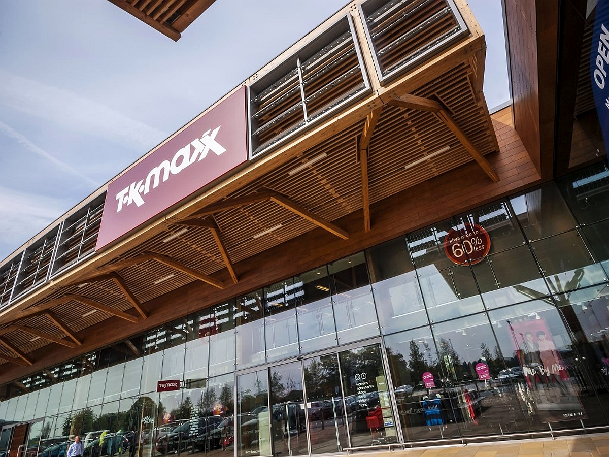 TK maxx, Bishop Center, Taplow UK - Bowmer & Kirkland Ltd.
