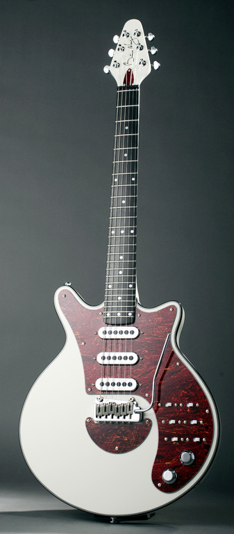 BRIAN MAY WHITE SPECIAL SIGNATURE