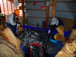 木炭314㎏生産(紙袋38個)