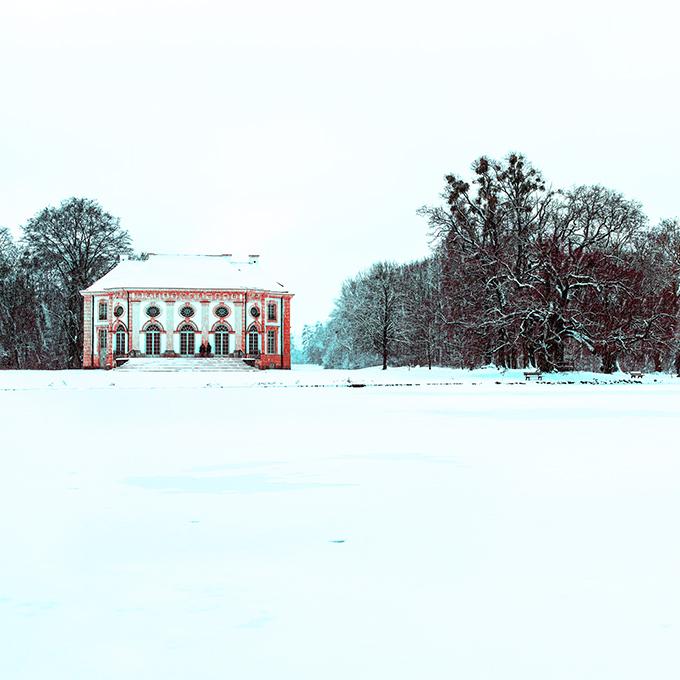 Die Badenburg im Nymphenburger Park als Farb-Photographie, Muenchen
