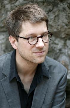 Portraitfoto von Jan Wagner. Fotograf: Alberto Novelli für die Villa Massiomo