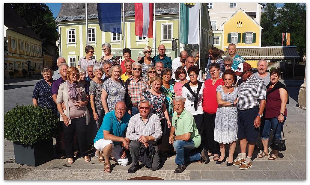 Ein schöner Ausflug geht zu Ende - Chor Vocaklang mit Gästen