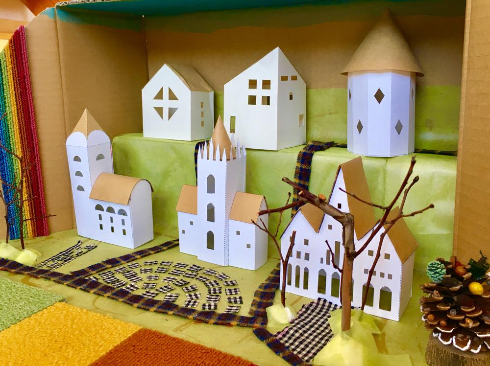 お家ランプ+お城型模型