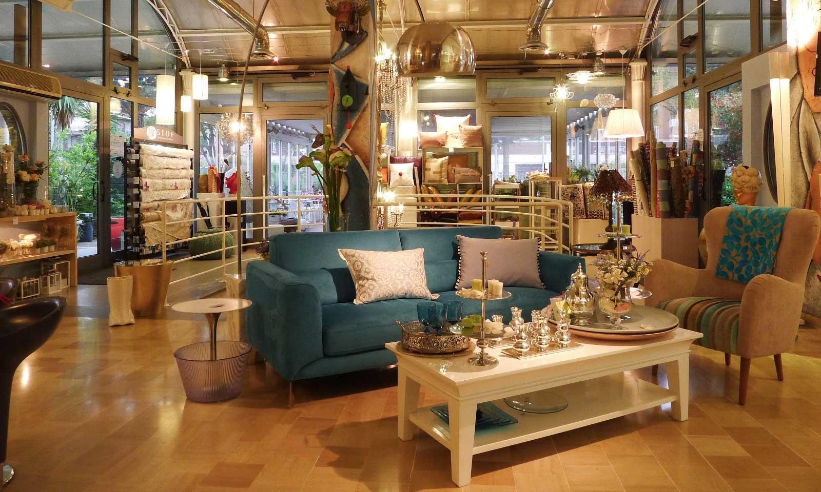 Negozio principale e giardino idea pazza idearredamenti mobili e complementi d 39 arredo - Negozi mobili giardino bari ...