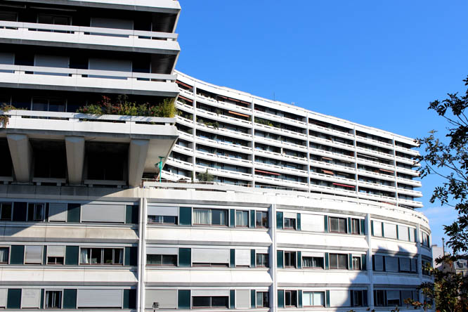 modern architecture at 15e, Paris