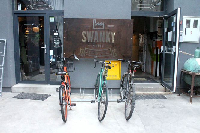 Entrance at Swanky Mint