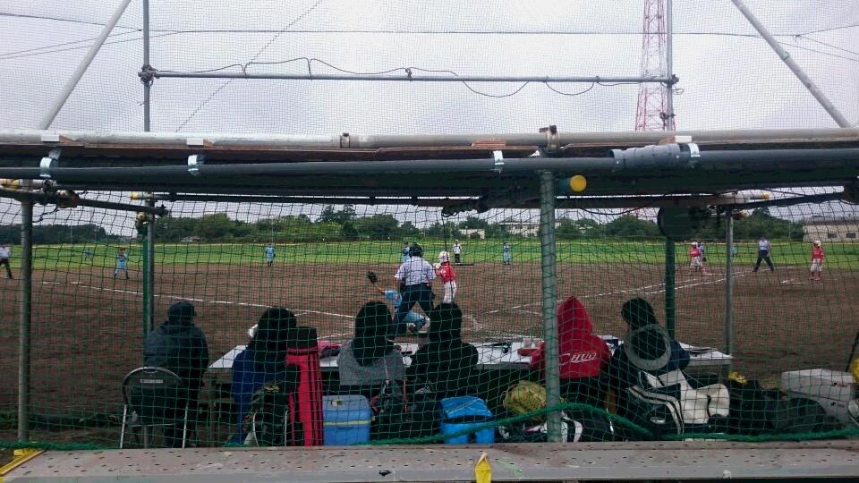 アナウンス席は屋根付きで試合も観戦しやすくなっています!