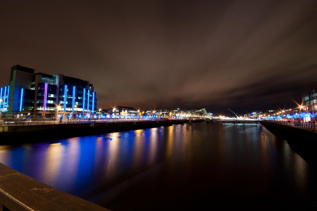 Liffey_Night Sky_Reflections